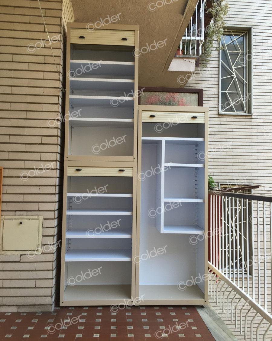 Armadi a serrandina su misura metallici da balcone torino for Mobili per il terrazzo